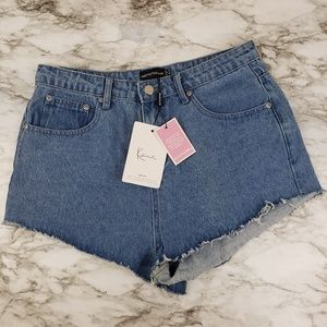 NWT Pretty Little Things I Hi-Rise Cut Off Shorts